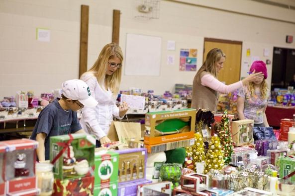 Santa Sale, Bursley Elementary, Jenison Public Schools