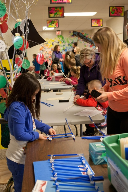 Jenison Public Schools, GVSU, Science Night, Bursley Elementary